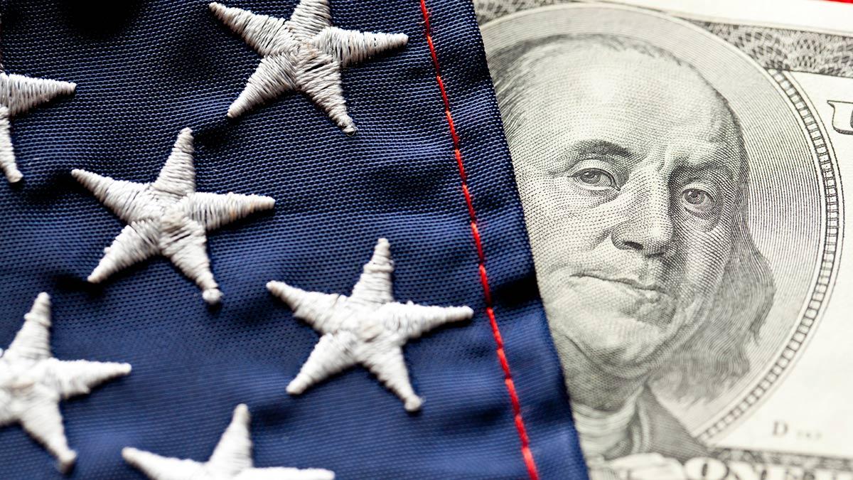 100 dollar bill with flag